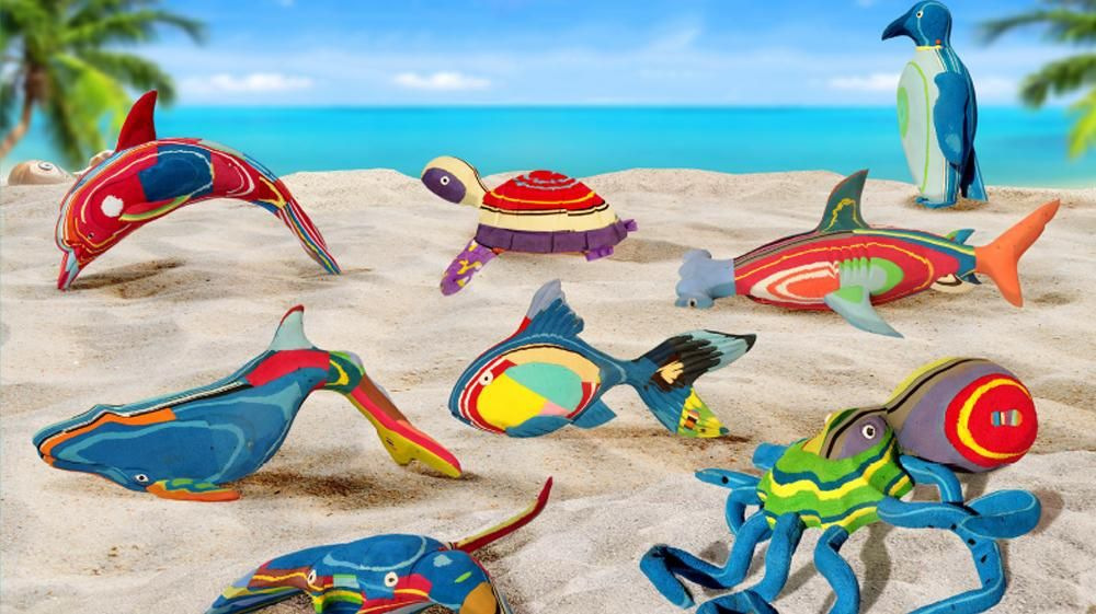 Flip-flop-made models by Ocean Sole